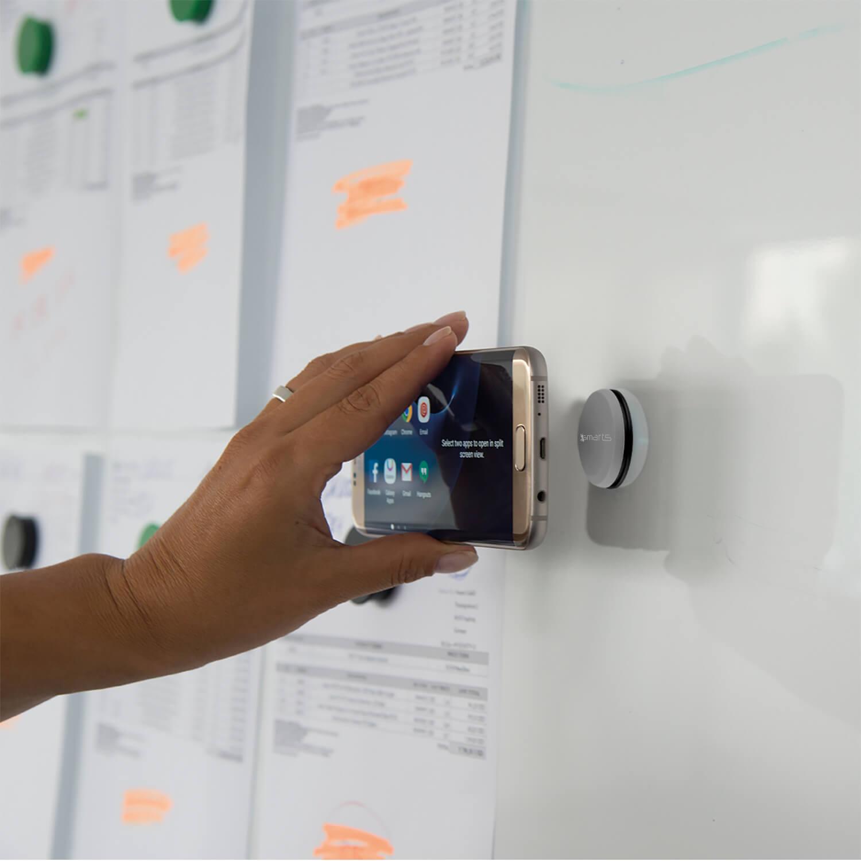 4smarts UltiMAG Allround Magnetic Holder — магнитна поставка за гладки повърхности за смартфони (сив) - 5