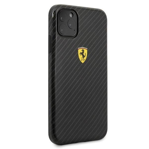 Ferrari On Track Carbon Effect Hard Case — поликарбонатов кейс с карбоново покритие за iPhone 11 (черен) - 4