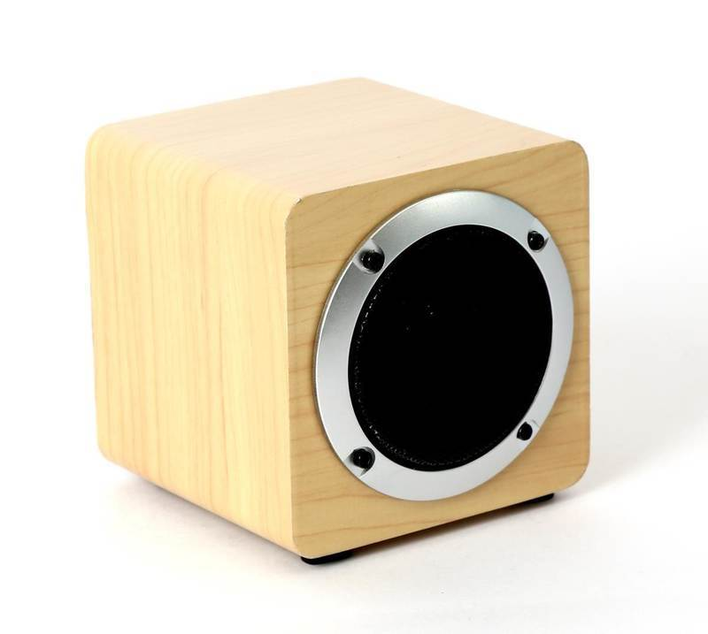 Omega Speaker OG61W Wooden 5W, 4 in. Bluetooth V4.2 TWS System