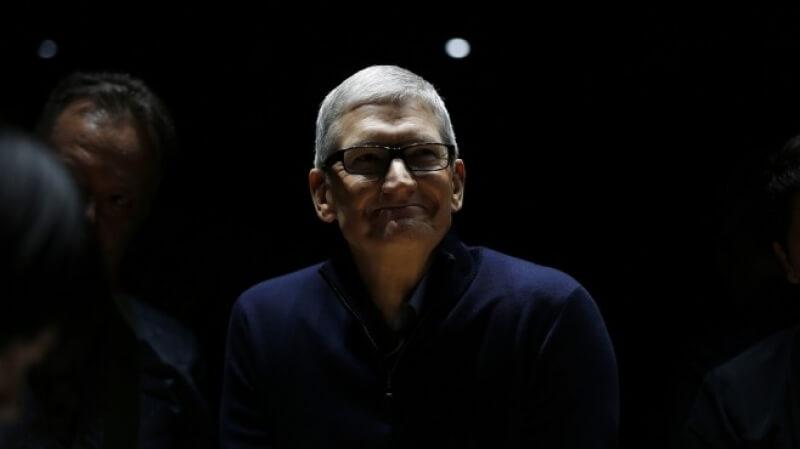 Apple Watch има рекордни продажби през първата седмица от коледното пазаруване