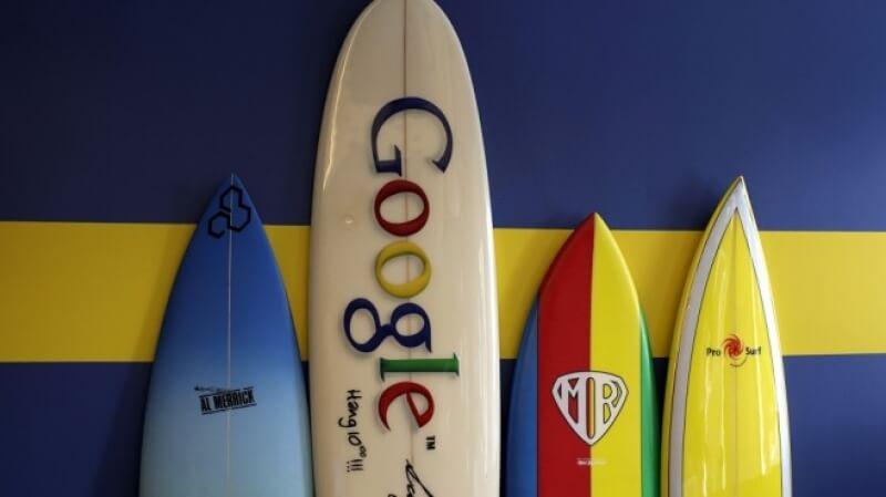 Google се съгласи да отвори Android за руски приложения