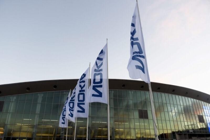 Nokia съкращава хиляди работни места след придобиването на Alcatel