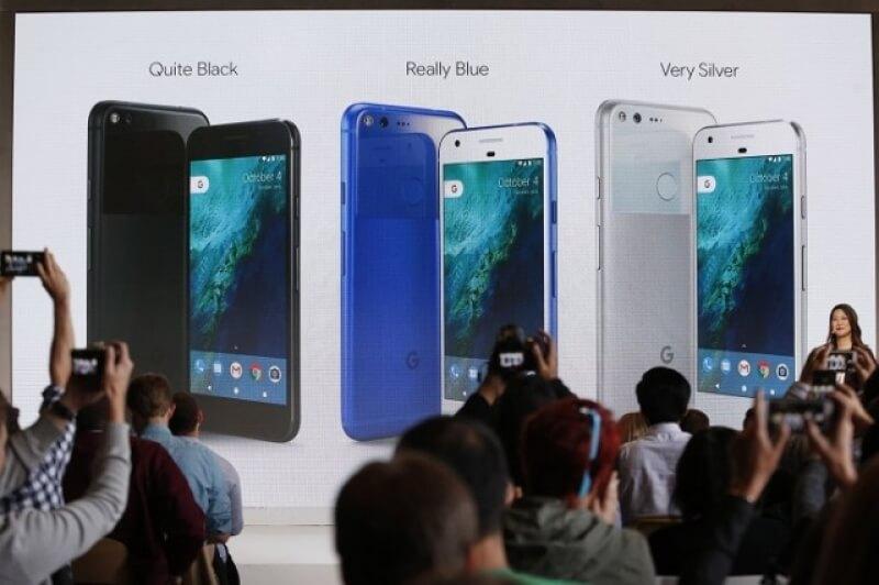 Със смартфоните Pixel и Pixel XL Google се изправя срещу Apple