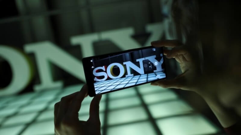 Sony затваря завода си за смартфони в Пекин